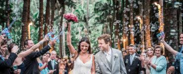 Bolhas de sabão para saída dos noivos